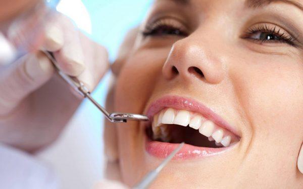 Những đối tượng nào nên thực hiện thẩm mỹ răng sứ?
